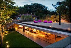 V4 HOUSE | BY MARCIO KOGAN