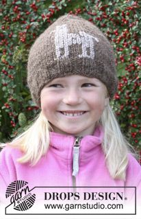"Knitted DROPS hat with embroidered Alpaca in ""Nepal"". Size 3 - 12 years. ~ DROPS Design"