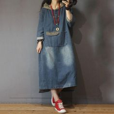 Blue Fading Hooded Denim Dress Fashion Large Size Jeans Dress in Blue One Size Women's Hooded Dresses in Hand Wash Winter One Size Blue Hooded Pocket Solid Color Denim Mid-Calf Long Sleeve Cotton Street Winter Fashion Outfits, Denim Fashion, Hijab Fashion, Fashion Dresses, Linen Dresses, Casual Dresses, Denim Dresses, Modest Dresses, Maxi Dresses