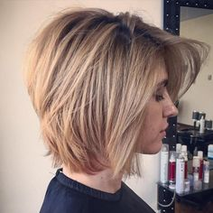 Honey+Blonde+Layered+Bob