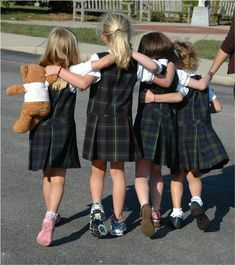 Attending a Catholic grade school meant wearing a uniform just like this! Never had to worry about what to wear. Ours were navy blue w/white blouses. Catholic School Uniforms, Private School Uniforms, Private School Girl, Catholic School Girl, British School Uniform, School Uniform Girls, Girls Uniforms, School Outfits, Girl Outfits