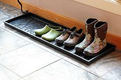 Amazon.com: Achla Designs Scrollwork Rubber Boot Tray, Large: Home & Kitchen