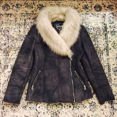 ✨Worn Once! Guess Faux Fur Suede Jacket This gorgeous zip up jacket with faux fur and suede combo tucks in at the waist perfectly to accentuate your curves. The faux shearling interior is super warm and soft. Is a soft gray blue color in person. No wear or damages. Worn only once! Super stunning when worn in person :) Guess Jackets & Coats Pea Coats