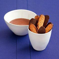 Recette de Langues de chat au chocolat et chocolat très chocolat de Sébastien Gaudard