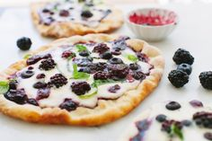 Berry Pizza Recipe with Whipped Ricotta Mascarpone Cheese – Ciao Florentina