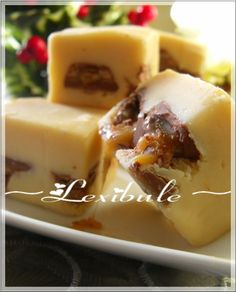 Sucre à la crème au Caramilk - Fingerfood Holiday Baking, Christmas Baking, Sweet Desserts, Easy Desserts, Candy Recipes, Dessert Recipes, Coconut Oil Fudge, Swiss Recipes, Homemade Candies