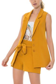 7 Styling Tips For the Perfect Slimming Skinnies Long Vest Outfit, Vest Outfits, Short Outfits, Summer Outfits, Classy Outfits, Chic Outfits, Girl Outfits, African Dresses For Kids, Vetement Fashion