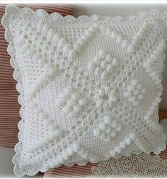 Transcendent Crochet a Solid Granny Square Ideas. Inconceivable Crochet a Solid Granny Square Ideas. Crochet Pillow Cases, Crochet Cushion Cover, Crochet Pillow Pattern, Crochet Bedspread, Crochet Motifs, Crochet Cushions, Crochet Squares, Crochet Patterns, Crochet Granny