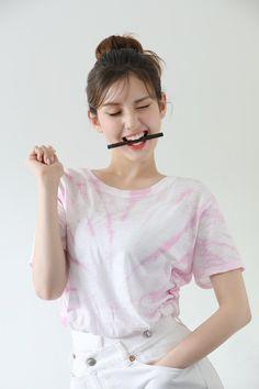 Cute Korean Girl, South Korean Girls, Korean Girl Groups, Asian Girl, Japonesas Hot, Choi Yoojung, Teen Celebrities, Jennie Kim Blackpink, Jeon Somi