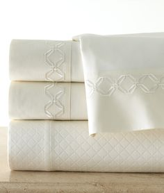 Embroidery Ellington Percale | Legacy Linens