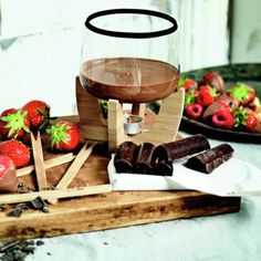Whether you're having a romantic evening in or want to create a new dessert to enjoy with friends or family, this super-stylish Chocolate Fondue Set will do just that  Simply choose your chocolate and snacks of choice (not included), light the tea light, let the chocolate melt and enjoy your warm chocolaty treats!
