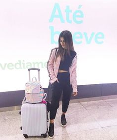 WEBSTA @ nahcardoso - #Aerolook • Pronta pra mais uma viagem ✈️ 3º destino, aí vou euuuuuuu! | snap: heynahcardoso