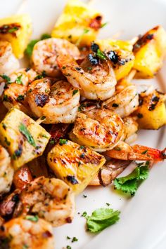 Garlic Lime Shrimp Pineapple Skewers - A simple, 30 minute marinade goes a long way with this grilled tropical summer skewer! Pork Rib Recipes, Grilled Steak Recipes, Shrimp Recipes, Grilling Recipes, Fish Recipes, Cooking Recipes, Barbecue Recipes, Recipies, Pineapple Shrimp