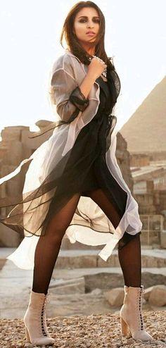 Parineeti Chopra Bollywood Actress Hot Photos, Bollywood Girls, Bollywood Actors, Bollywood Celebrities, Bollywood Fashion, Actress Pics, Prettiest Actresses, Hot Actresses, Indian Actresses