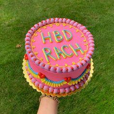 Rainbow Food, Rainbow Sprinkles, Pretty Cakes, Cute Cakes, Tie Dye Frosting, Cookie Monster Cakes, Tie Dye Cakes, Simple Cake Designs, Korean Cake
