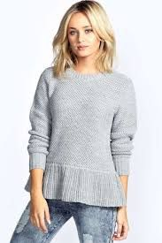15 Ways To Wear Women's Sweaters and Style Them #knitsweater #oversized #outfit #winter