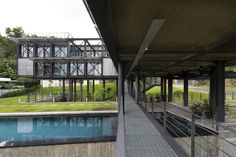 Gallery of Cantilever House / Design Unit Sdn Bhd - 12