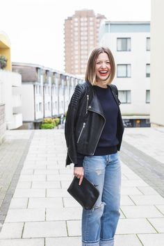 Alexis from Style memos wearing Vintage Levi's, Cos, H&M Trend and Sandqvist bag