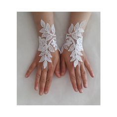 wedding gloves, bride gloves, costume gloves, wedding accessories,... (70 BRL) ❤ liked on Polyvore featuring accessories, gloves, bride gloves, white bridal gloves, lace gloves, bridal gloves and white gloves