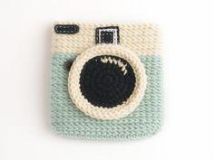 Camera crochet coin purse