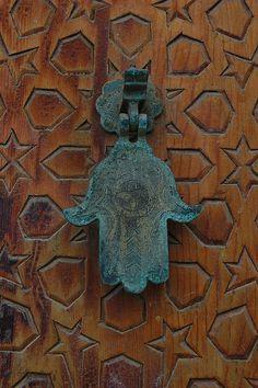 hamsa door knocker in Morocco Moroccan Doors, Door Knobs And Knockers, Door Detail, Hand Of Fatima, Door Furniture, North Africa, Islamic Art, Windows And Doors, Door Handles