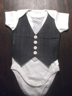 Edge-y Baby boy clothes - onsies with ties? - In-Gender.com