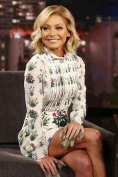 Kelly Ripa Slams Fans for Saying She Got a Nose Job and Veneers, Kelly Ripa Slams Fans for Saying She Got a Nose Job and Veneers, … Kelly Ripa Haircut, Kelly Ripa Mark Consuelos, Short Dresses, Summer Dresses, Nice Legs, Sexy Legs, Short Hair Styles, Outfits With Short Hair, Style Me