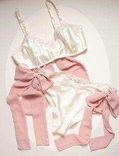 'Aphrodite' Lingerie Set