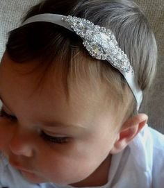 Hey, I found this really awesome Etsy listing at https://www.etsy.com/listing/165359317/baby-girl-christening-headpiece-flower