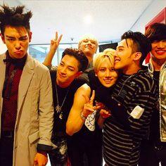 hyungseung and BIGBANG.  so cute !