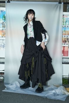 Diva Fashion, Runway Fashion, Fashion Looks, Fashion Design, Limi Feu, Tuck Dress, Big Dresses, Online Dress Shopping, Yohji Yamamoto