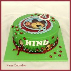 I made  this Masha and the bear cake with a print!