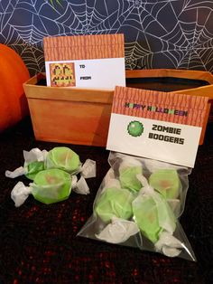 Minecraft Halloween Party Labels (foldable) ~ Zombie Boogers using green apple caramels  For school, trick or treaters, a Halloween basket or as creative gifts to a Minecraft fan  #minecraft #halloween  #minecrafthalloween