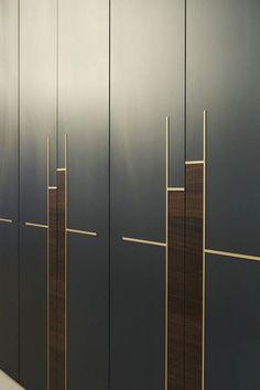 40 Ideas For Bedroom Wardrobe Handles Hardware Wardrobe Door Designs, Wardrobe Design Bedroom, Closet Designs, Closet Bedroom, Wardrobe Laminate Design, Mirror Bedroom, Dresser Mirror, Gold Bedroom, Wardrobe Dresser