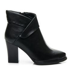 Klasické boty pro pilíř Výrobce: J. STAR Kód produktu: 1509-5B / S3-104P Barva: černá Typ Heel: příspěvek Typ nosu: full Typ spony: Slider Materiál: umělá kůže, textil Sezóna: Podzim / Zima Heel: 9 cm Izolace: Textilní Vložit: Textilní Příležitost: na obřad, večerní / párty Výška Hřídel: 8-9cm Šířka Horní: 20 - 23 cm Styl: elegantní, klasický, móda Heel: postavený, měkká Podrážka: hladký, plast http://www.cosmopolitus.com/klasyczne-botki-slupku-15095b-s3104p-p-114692.html #dam