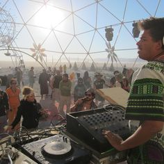 Seth Troxler interview with BBC Radio 1 about Burning Man 26/5/2012