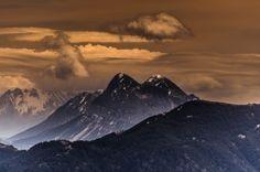 Peña Montañesa. Pirineos, Spain.