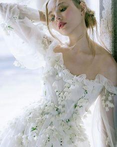 """Monique Lhuillier Bride's Instagram profile post: """"Spring 2022 🍃🤍 #moniquelhuillier #mlbride"""" Most Beautiful Wedding Dresses, Bohemian Wedding Dresses, Chic Wedding, Bridal Dresses, Wedding Gowns, Flower Girl Dresses, Mlb, Monique Lhuillier Bridal, Cascading Flowers"""