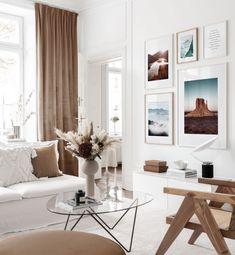 Elegante galleria a parete con poster di natura in toni terrestri - Wall Art Ispirazione - Posterstore.it