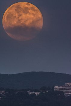 Full moon by Constantine Emmanouilidi on 500px
