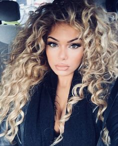 87 unique ombre hair color ideas to rock in 2018 - Hairstyles Trends Curly Hair Styles, Natural Hair Styles, Peinados Pin Up, Corte Y Color, Pinterest Hair, Hair Dos, Remy Hair, Big Hair, Gorgeous Hair