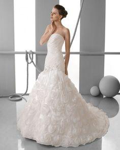 175 FUEGO / Wedding Dresses / 2013 Collection / Alma Novia
