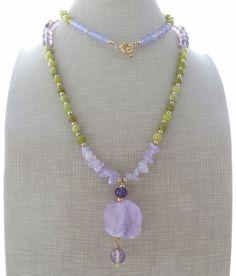 Collana con ametista lavanda, giada viola e verde, gioielli pietre dure, bijoux