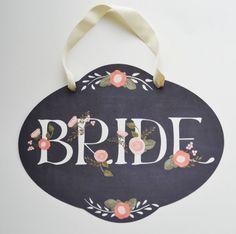 Hand Painted Wedding Signs - The Wedding Chicks Plan My Wedding, Wedding Pins, Sister Wedding, Wedding Details, Wedding Ideas, Wedding Wishes, Wedding Decor, Dream Wedding, Wedding Chairs