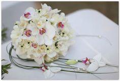 Resultado de imagen para ramos novia orquideas blancas