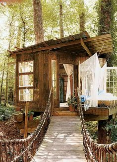 Just a little place to get away Beautiful Tree Houses, Beautiful Homes, Beautiful Places, House Beautiful, Beautiful Beautiful, Future House, Cabin In The Woods, Little Houses, Play Houses