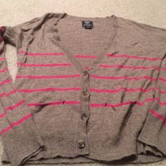American eagle cardigan Great condition American Eagle Outfitters Sweaters Cardigans