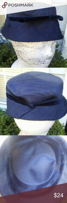 f353e8c9fd35f Vintage Navy Hat Lovely Navy hat with netting. Circumference 21
