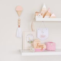 What a super sweet shelfie this beauty is. Wooden selections, plus pink and white detailing. A true delight.