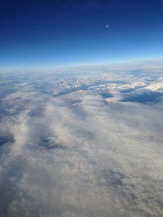 Hoog boven de wolken